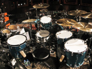 Kit de bateria de Dave Grohl com o Them Crooked Vultures